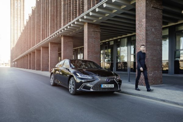 Lexus ES Full hybrid